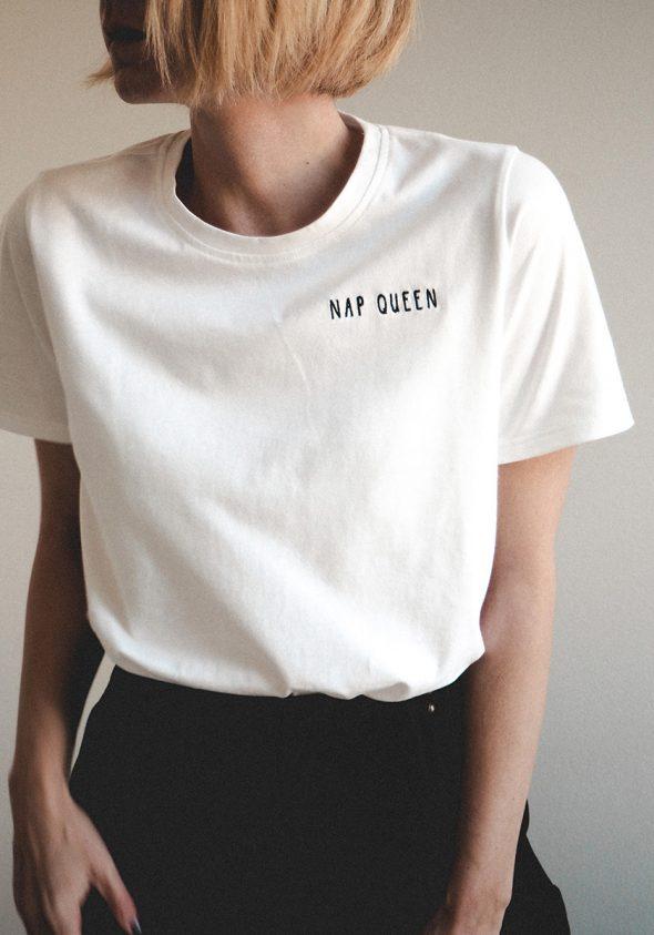 Nap Queen / T-shirt