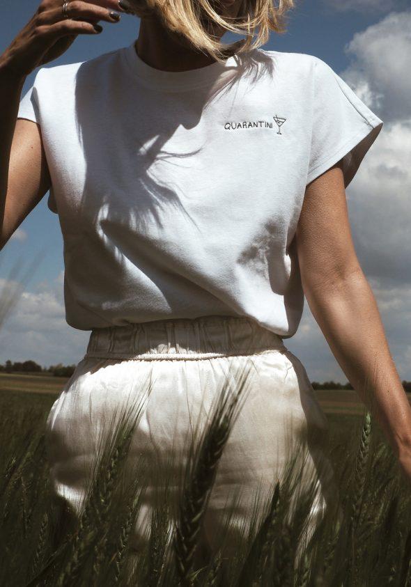 Quarantini / Ujjatlan T-shirt